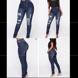 FashionNova Drive To The Ocean High Wasted Jeans